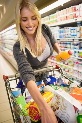 Single Girl's Guide to Saving Money on Groceries | RESCU