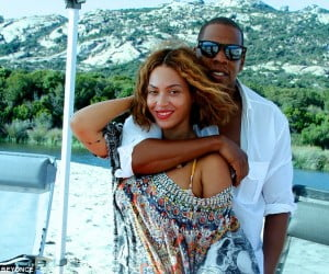 1410939741903_wps_6_Beyonce_posts_birthday_ho