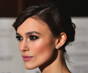 Beauty-How-To-Video--Get-Cheekbones-Like-Keira-Knightley