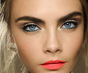 Why You Should Reconsider Coloured Eyeliner and How to Choose and Wear