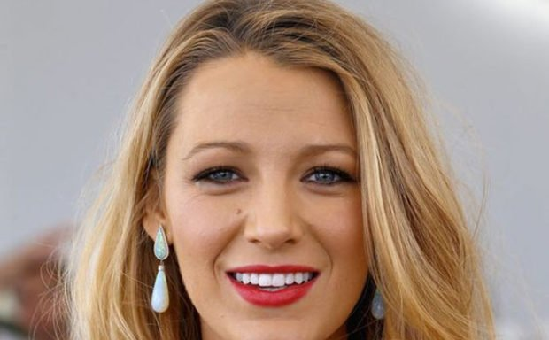 vday-makeup-how-to-blake-lively